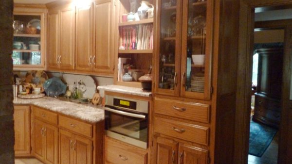 Custom Design-Build Kitchen Cabinets